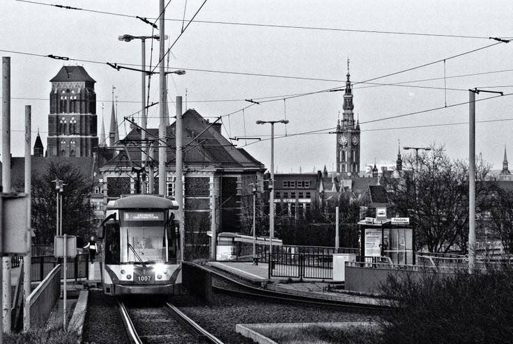 Tram in Gdansk, Poland, photo by Wojtek Ostrowski