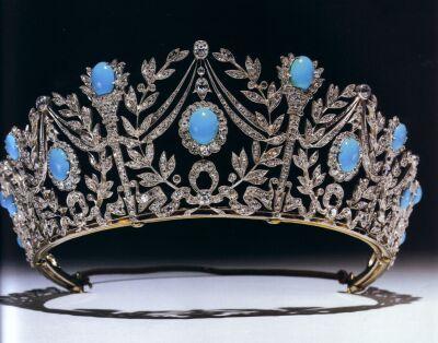 Diadema della parure di turchesi persiani e diamanti della Principessa Mary di Teck (1893)