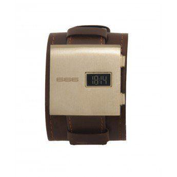 Reloj Dorado Digiral 666 Barcelona Colección James con caja de acero cuadrada con acabado dorado y doble correa de piel de color marrón con pespunte. http://www.tutunca.es/reloj-dorado-digital-james-666barcelona