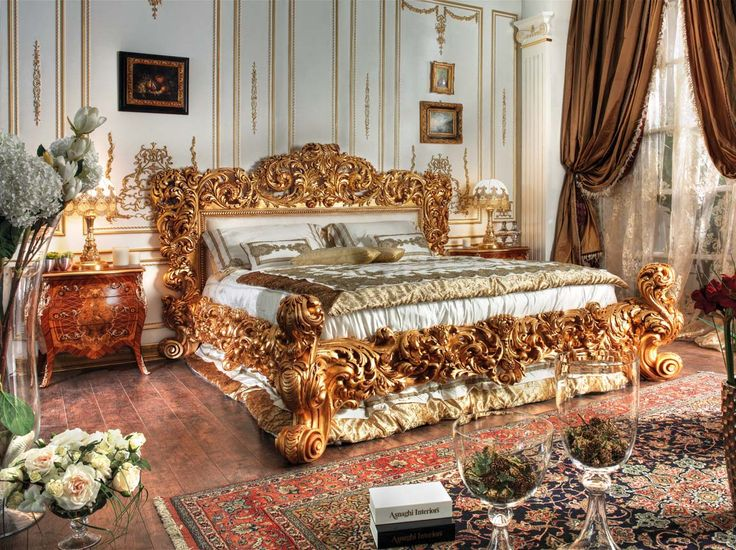 Italian Classic Bed This Italian Bed Enriched With Gold Leaf Finish Which Give This Model A Charming Look The Carving Design Of This M
