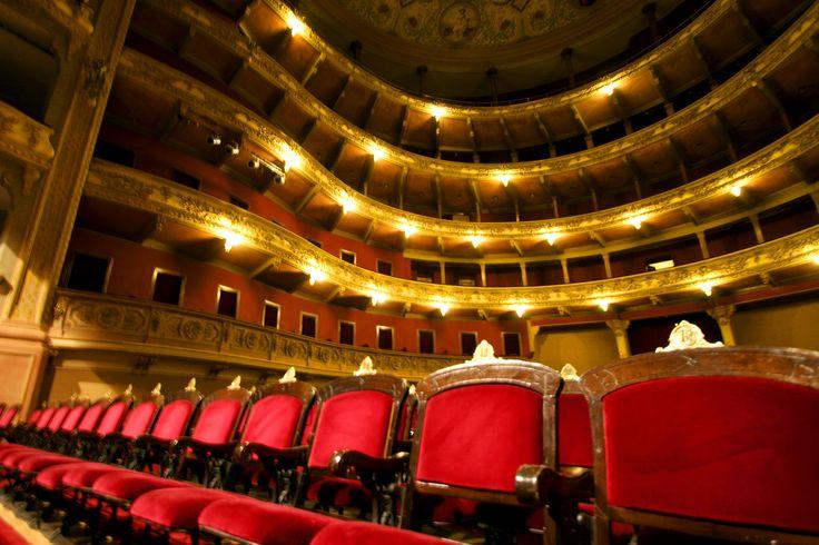 El Teatro El Círculo, la ópera de #Rosario vía @rosario_turismo