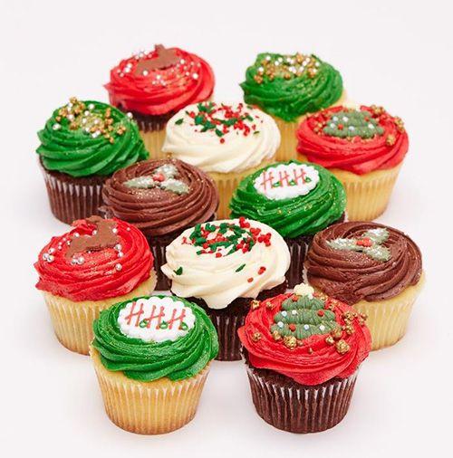 ロンドン発「ローラズ・カップケーキ」からクリスマス限定商品 - パーティ向け巨大カップケーキも - 写真1 | ファッションニュース - ファッションプレス