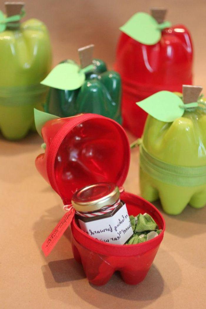 bricolage avec bouteille plastique conteneurs pommes faits de bouteilles plastiques