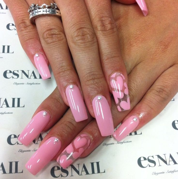 I would prefer this design with a deeper pink. Love this idea for Valentine's Day.