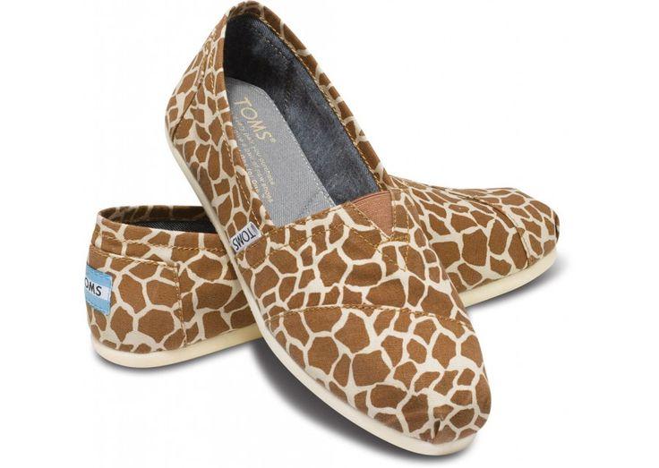 giraffe women's vegan classics ... should be arriving next week! :): Vegans Classic, Giraffes Toms, Giraffes Prints, Prints Toms, Style, Woman Vegans, Toms Shoes, Closet, Giraffes Woman