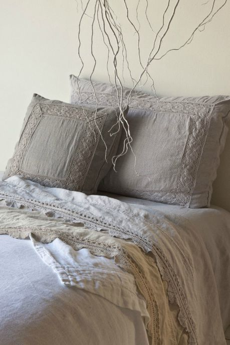 Bella Notte Bed Linen - divine! I Love the look of neutral colors combined on one serface!