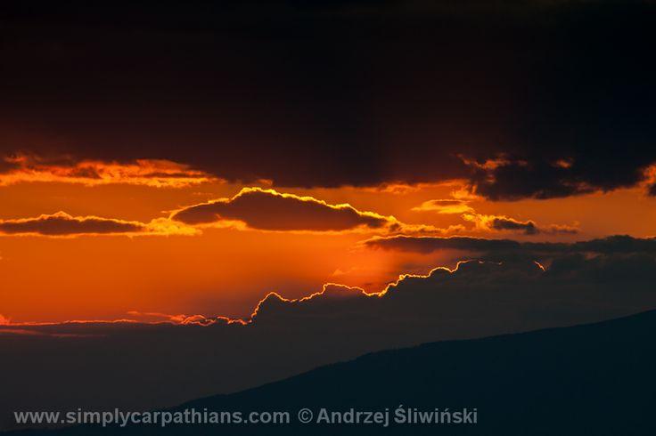Sunset over the Beskidy Mountains. #sunset #Poland  www.simplycarpathians.com