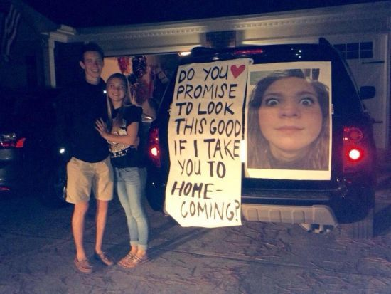 Top 12 Funniest Homecoming Proposals