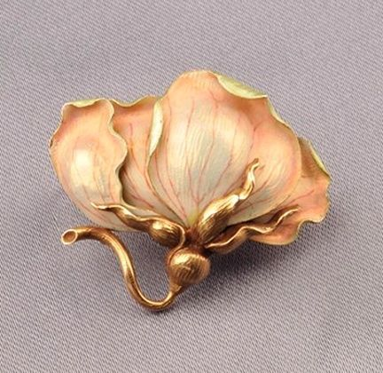 Art Nouveau 14kt Gold and Enamel Brooch, depicting a blossom, lg. 1 1/2 in.