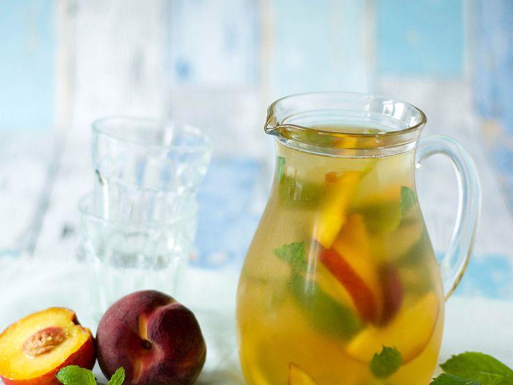 Recept IJsthee van groene thee, perzik & kombucha   Ekoplaza