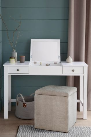 Minimalist styling at its finest thanks to our Lulworth Dressing Table in a clean white!
