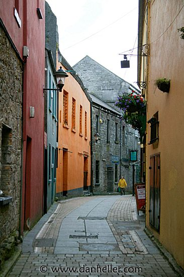 Alley in Galway, Connemara, Ireland. photo by Dan Heller.