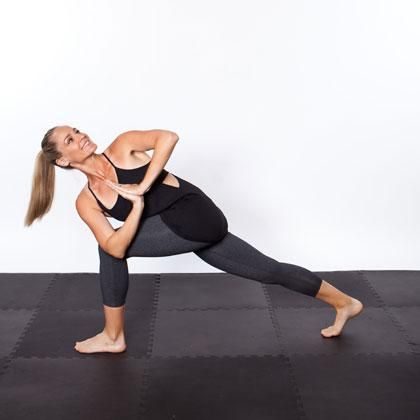 11 yoga poses for amazing abs  work it outtt  cool yoga