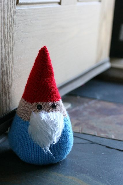 Gnome by Leanne WilkinsonFREE PATTERN! May be I can find a crochet version and make it my christmas gift idea this year. Too cute!