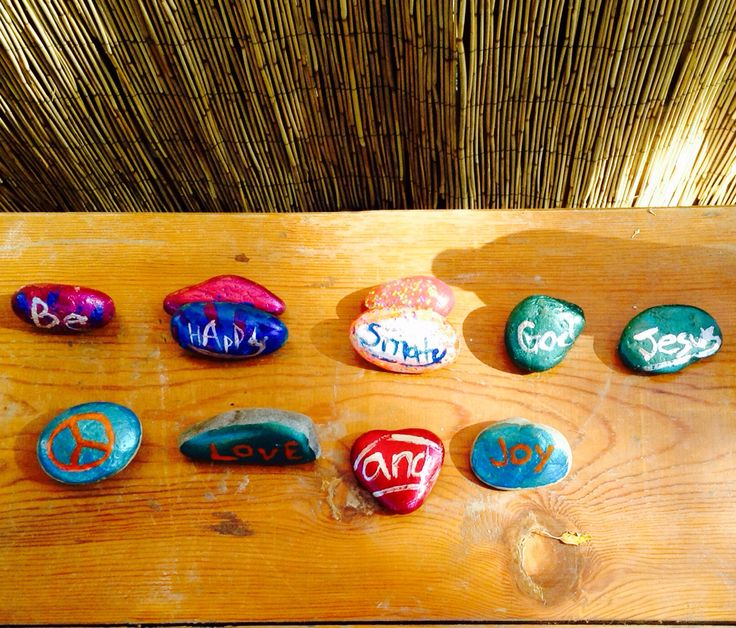 Cute and awesome Idea. Creating your own sayings, on rocks. Just to worn you it's messy. Hope you enjoy!