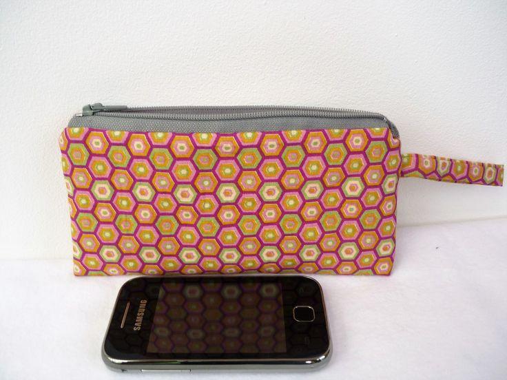 Etui smartphone pochette téléphone portable en tissu rétro : Etuis portables par manolita-sacs