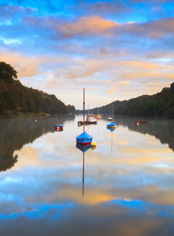 Early morning reflections on Rudyard Lake, Leek, Staffordshire, England