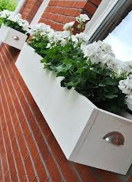 blomlåda trä vit lantlig - Sök på Google