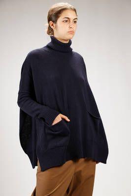 MA'RY'YA | wide sweater in merinos wool and cashmere stockinette stitch | #maryya
