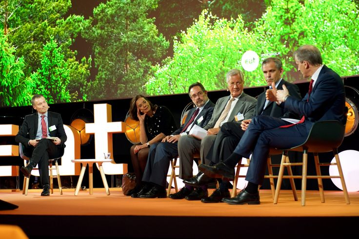 Form chairs used for the panel discussion at EAT Stockholm Food Forum 2015