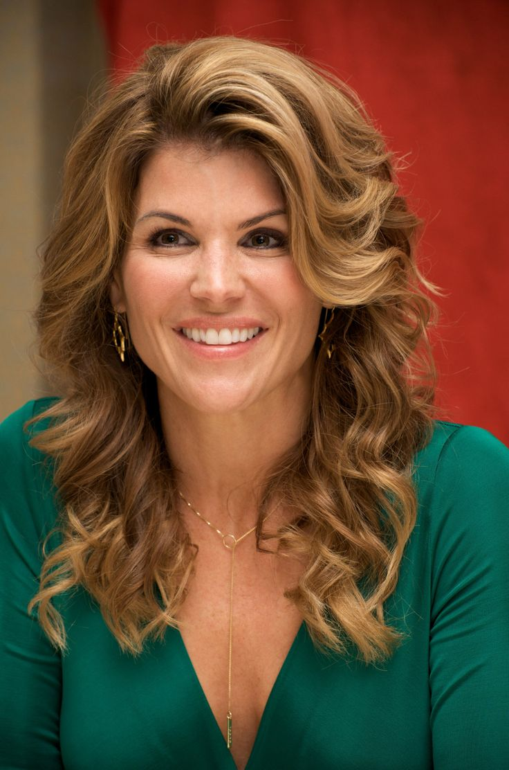 lori loughlin - photo #8