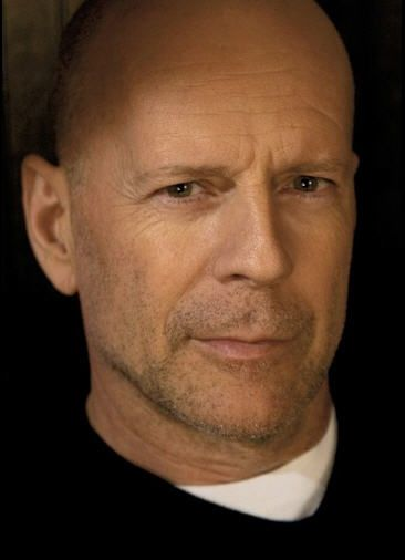 Bruce Willis is gorgeous and has aged like a fine wine