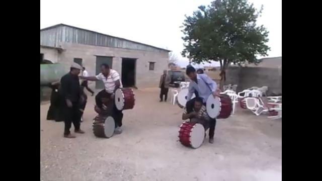 Bunu  en  kısa  sürede  yapmak lazım ������ #antep #gaziantep #davul #zurna #araban #Pazarcık #govend #halk #halkoyunları #kurdish #folklor #halay #govend #kültür #sanat #dans #jin #jiyan #azadi #amed #urfa #adıyaman #türkiye #kurdistan http://turkrazzi.com/ipost/1523968448538163122/?code=BUmOTrIBTey