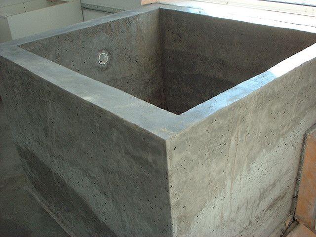 Diy concrete ofuro bathtub by splatgirl via flickr doug for Make your own cement