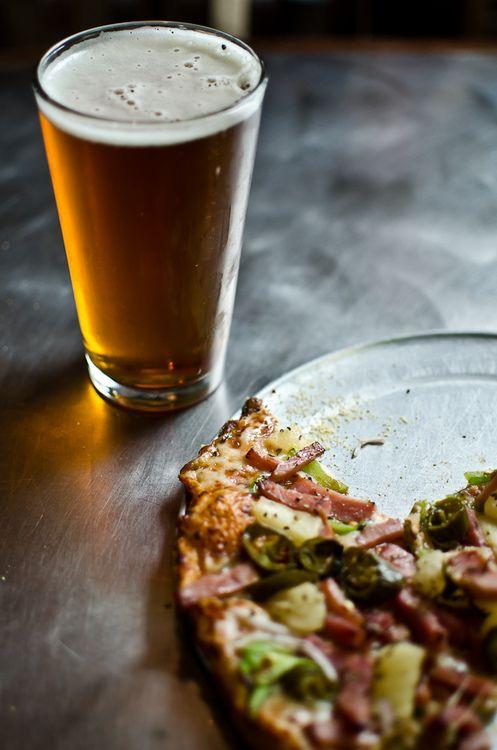 sexta-feira (chopp com pizza)