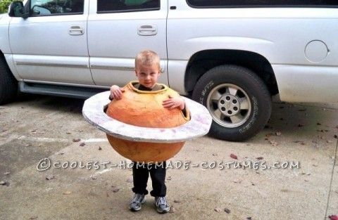 Our 4 year old boy is obsessed with the solar system. So when we asked what he wanted to be for Halloween he said 'Saturn'. Where do you find a 3' rou...