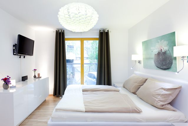 Stylish Mitte Holiday Apartment Near Berlin Attractions - Check-point Charlie, Brandenburg Gate - Be My Guest