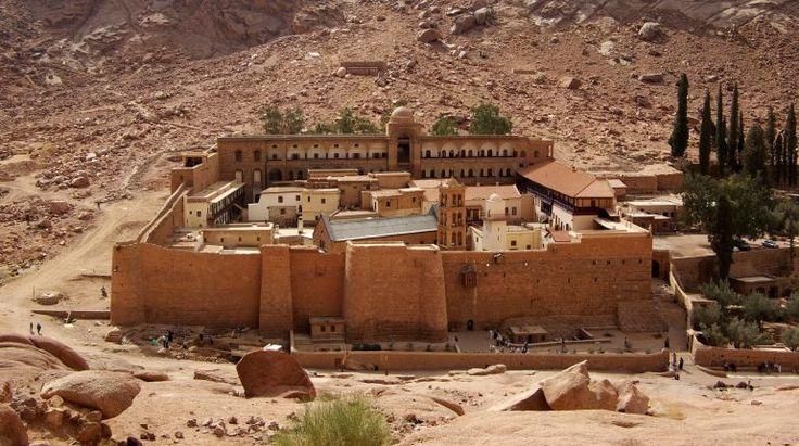 World-oldest-library-saint-catherines-monastery_1
