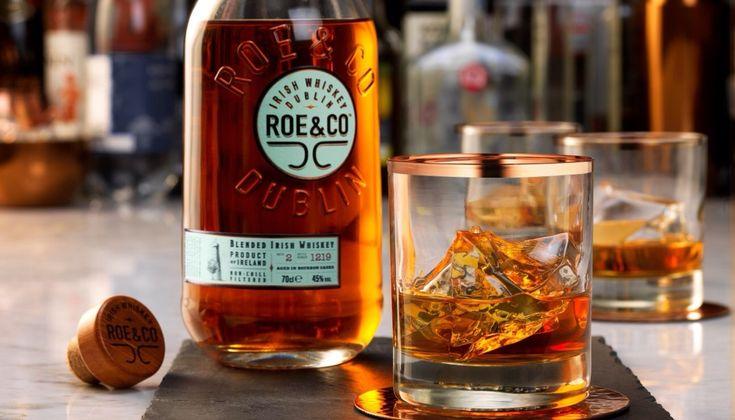 Η Diageo ανακοινώνει πως πρόκειται να λανσάρει το νέο premium Blended Irish Whiskey, Roe & Co. Ένα απόσταγμα που πρόκειται να συζητηθεί.