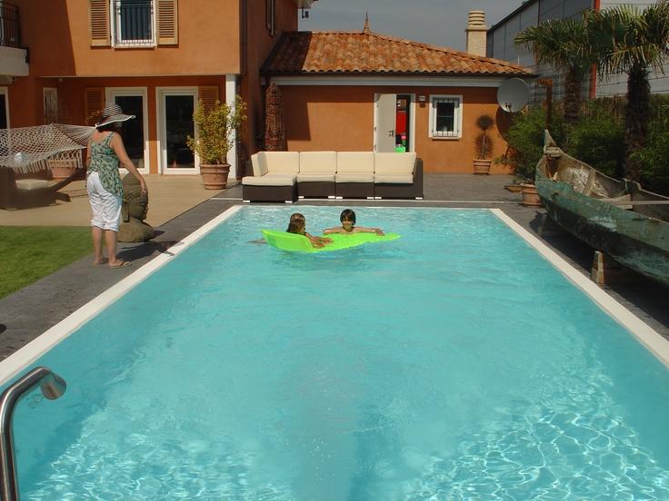 schwimmbadumrandung schwimmbadbau in ingolstadt. Black Bedroom Furniture Sets. Home Design Ideas