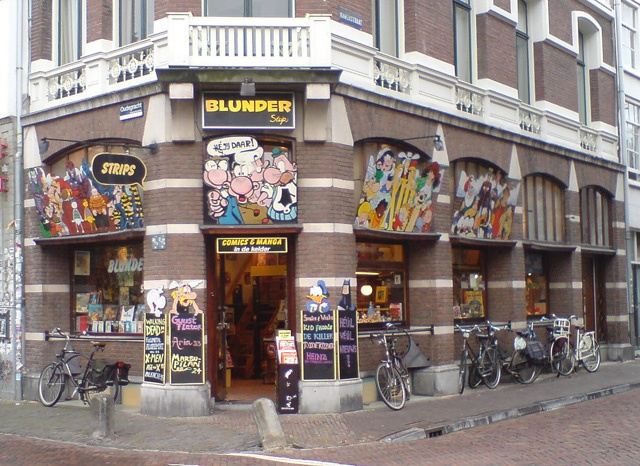 Stripwinkel Blunder Utrecht The Netherlands, more comic books than you can read.