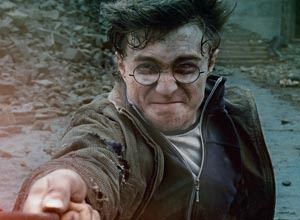 For those of you can't wait until midnight on Thursday, here's 8 clips from Deathly Hallows Part 2.