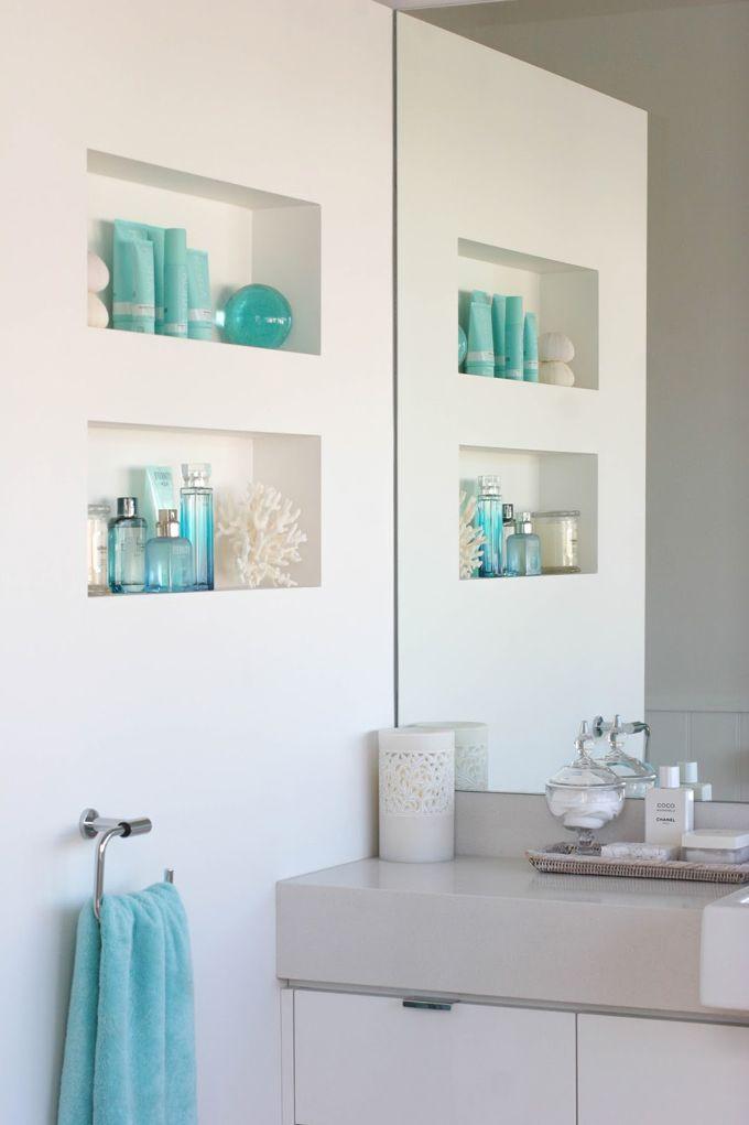 House of Turquoise: Coastal Style Blog  --      http://www.houseofturquoise.com/2015/01/coastal-style-blog.html