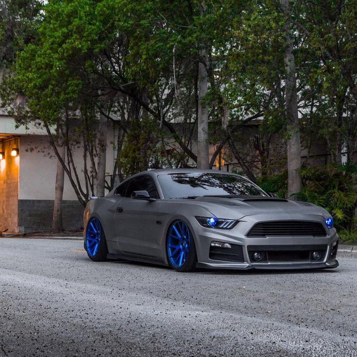 """Sinister What do you guys think of @brian_vossen's ROUSH inspired Mustang? Brian's Stang is equipped with the full #ROUSH R7 body kit, ROUSH quad-tip…"""