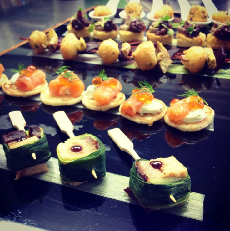 Delicious and stunning canap s at farnham castle wedding for Wedding canape ideas