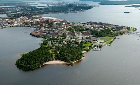 La ciudad portuaria de Lulea está situada en el Golfo de Botnia, al noreste de Suecia y tiene una historia muy antigua en su formación.