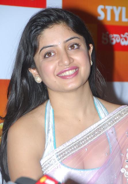 http://actressephoto.blogspot.com/2013/02/poonam-kaur-hot-stills-in-transference.html