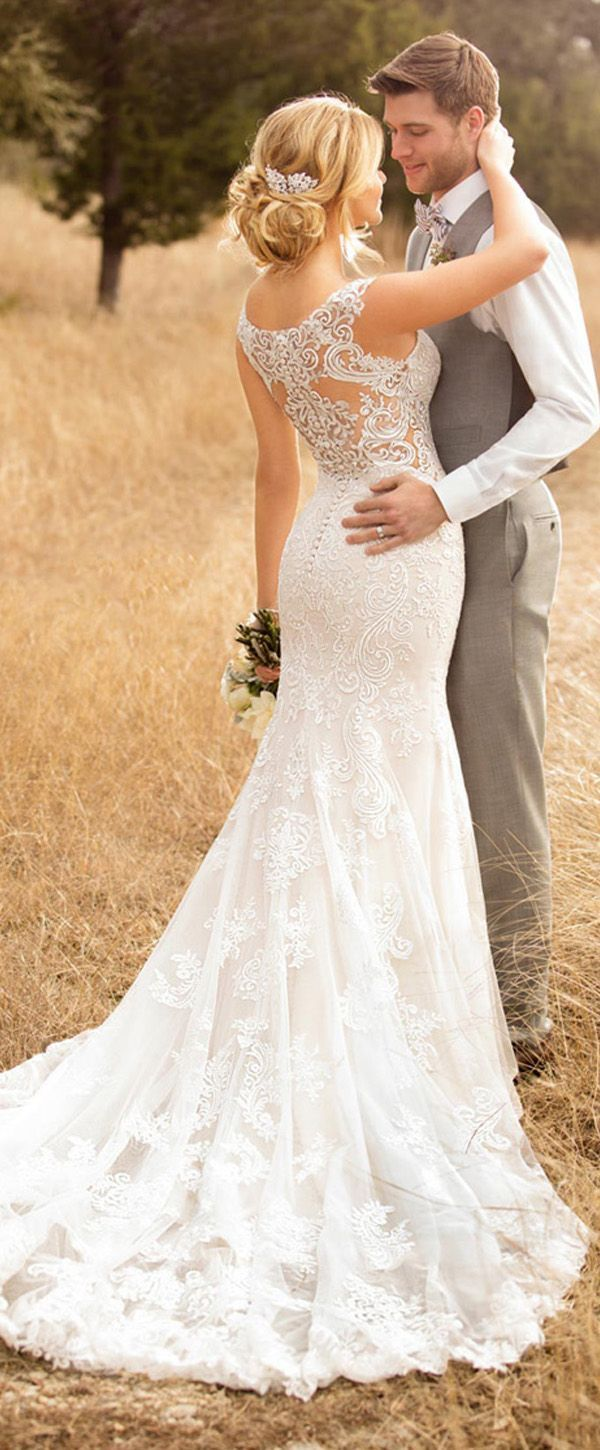 Fashionable Tulle Scoop Neckline Mermaid Wedding Dress With Lace Appliques & Beadings #weddingdress