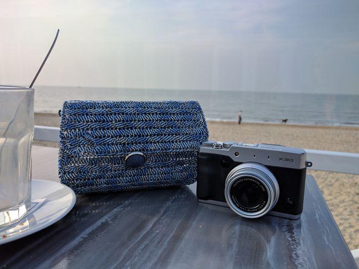 Foto's aan het strand - Koffie-verkeerd in een strandtent op maandagavond..... niet verkeerd!