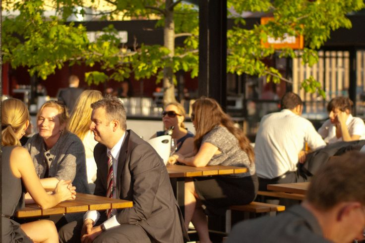 The Boatbuilders Yard. Melbourne. South Wharf. Outdoor bar. Summer.