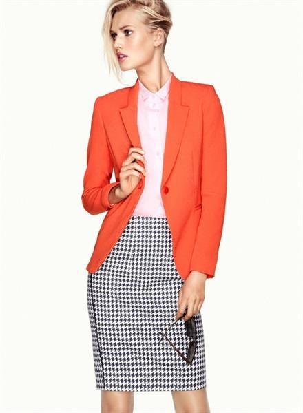Купить оранжевый пиджак женский