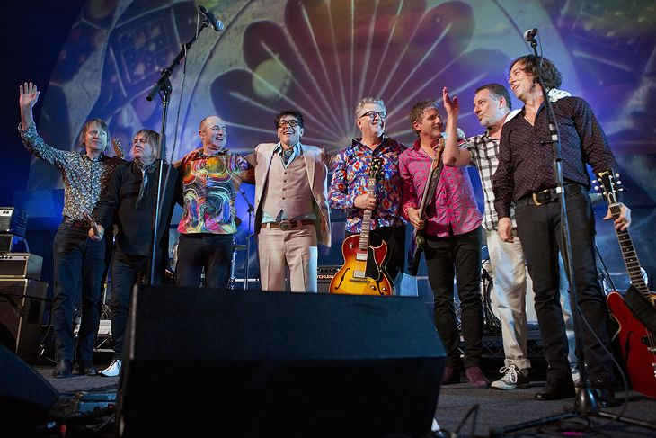 Vivid Festival Be My Guru, Evolution Revolution – Hoodoo Gurus Was there.