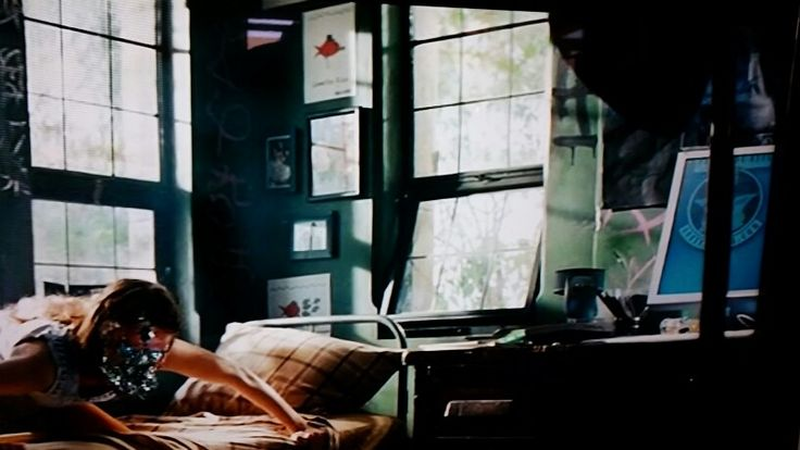 sam witwicky 39 s bedroom study in transformers revenge of the fallen