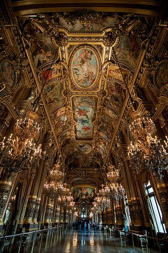 Opera house in France.: Dreams Vacations, Provence Opera, Houses In France, Art Architecture, Paris France, Opera Paris, Amazing Places, Architecture Amazing, Paris Opera Houses