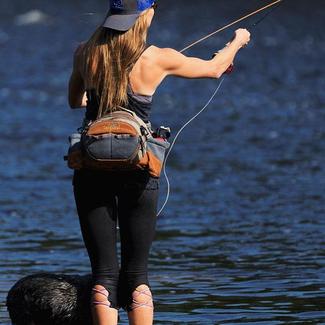 Rebekka Redd Getting In A Bit Of Casting Pactice Regram Via Bt3f8udamww Fly Fishing Women Fly Fishing Fishing Girls Hot