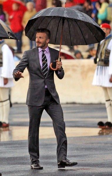 David Beckham Photo - David Beckham Braves the Rain: Grey Suits, Umbrellas, Dresses Up, David Beckham Suits, Men Style, Men Fashion, Beckham Photo, Davidbeckham, Hot Guys